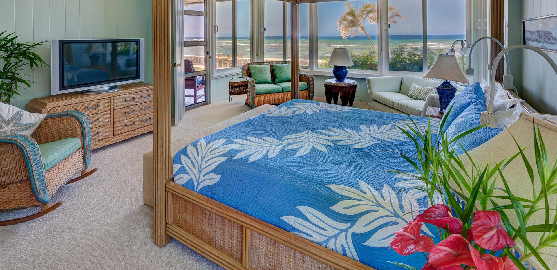 Kohala Side First Floor Bedroom