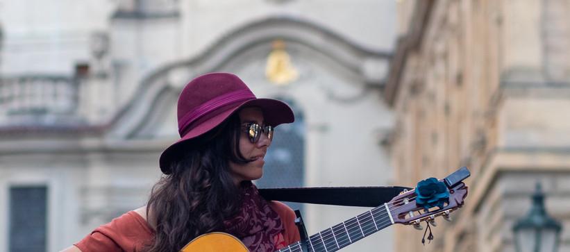 Carolina Zingler em Praga, agosto de 2019 by Paty Tessmann