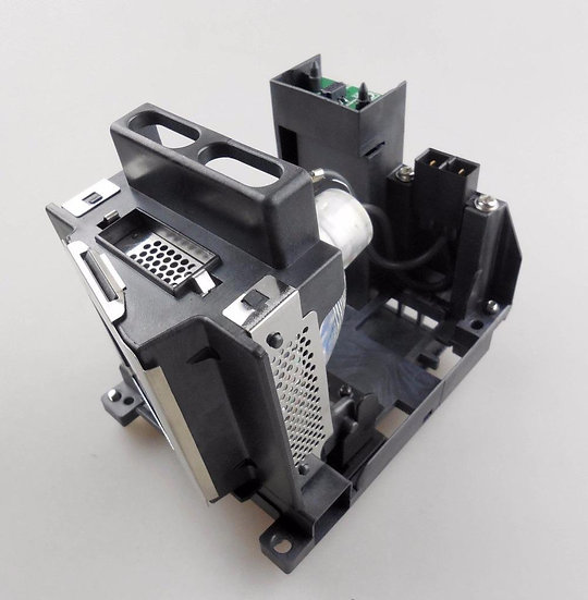003-120504-01   Lamp with Housing for CHRISTIE DH D700 / DS +750