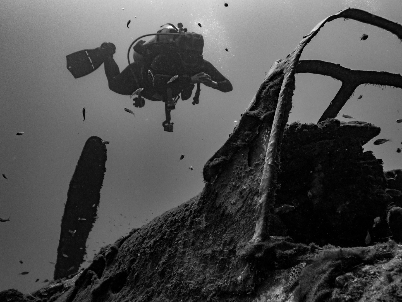 Jap Zero and Diver B&W.jpg