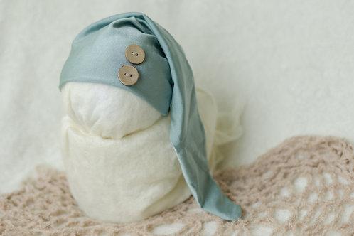Aqua hat w/ tan buttons