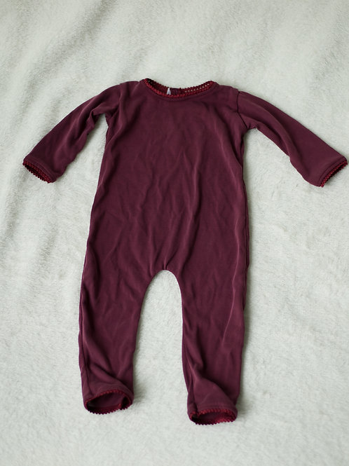 Burgandy Unisex Outfit