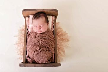 2021Yoder Newborn Family Low ResPaula S