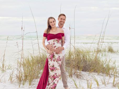 Jennifer and Stephen's Lido Beach Maternity Session.