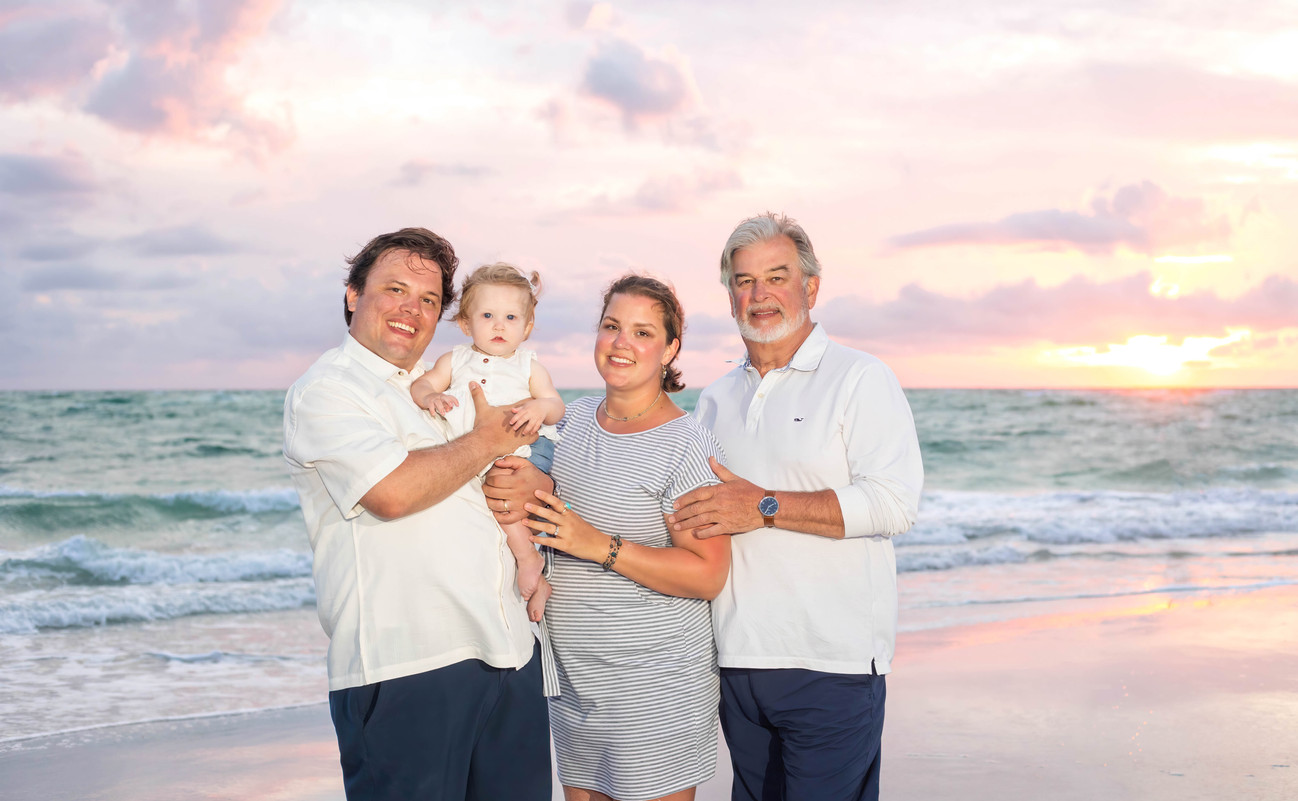 2021Meade Family Beach Portraits low re