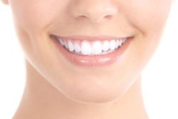 Sağlıklı ve Mutlu Gülüşler