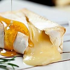 Queijo Brie C/ Geléia de Damasco