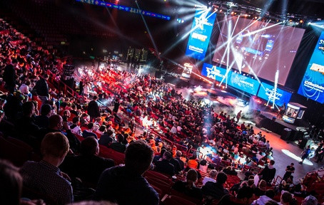 E-sports go mainstream in 2017