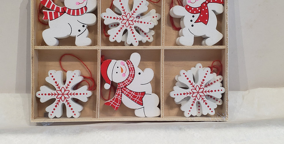 Wooden Snowmen/ Snowflake Set