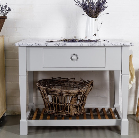 The Jelks Prep Table has been designed to fit effortlessly into your existing kitchen layout.