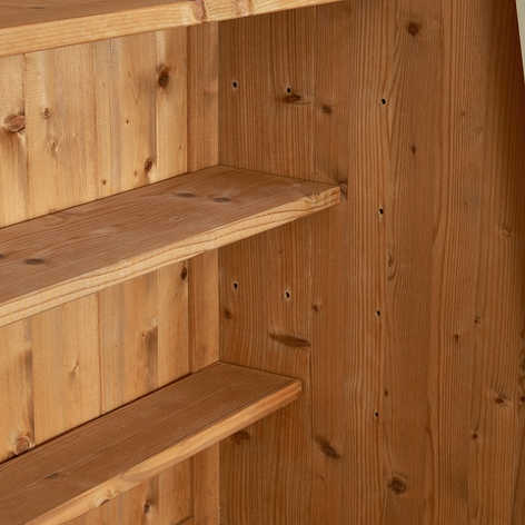 The shelves come in various depths and can be placed at various heights.