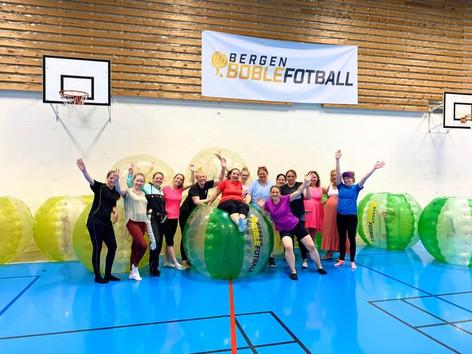 Boblefotball bergen boblefotball barnebursdag utdrikningslag teambuilding vennegjeng aktivitet bergen