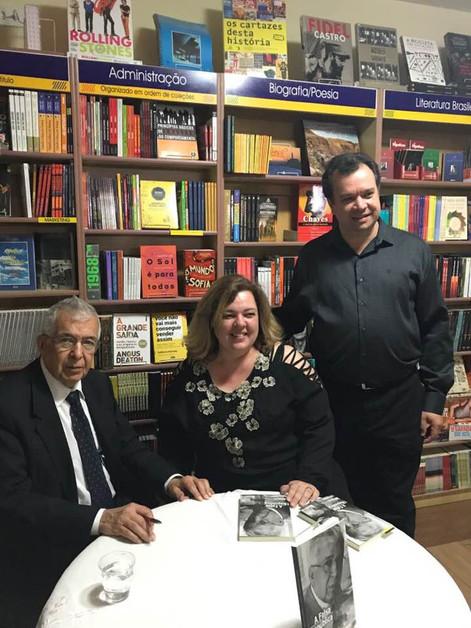 Lançamento Livraria Nobel Capivari - Almir Pazzianotto - Editora Anjo