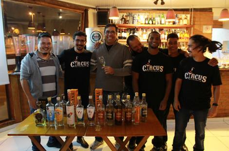 produção circus bartenders workshop