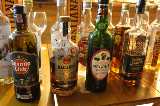 Rums x Cachaça