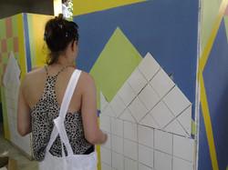 1 female_woman_girl tiling