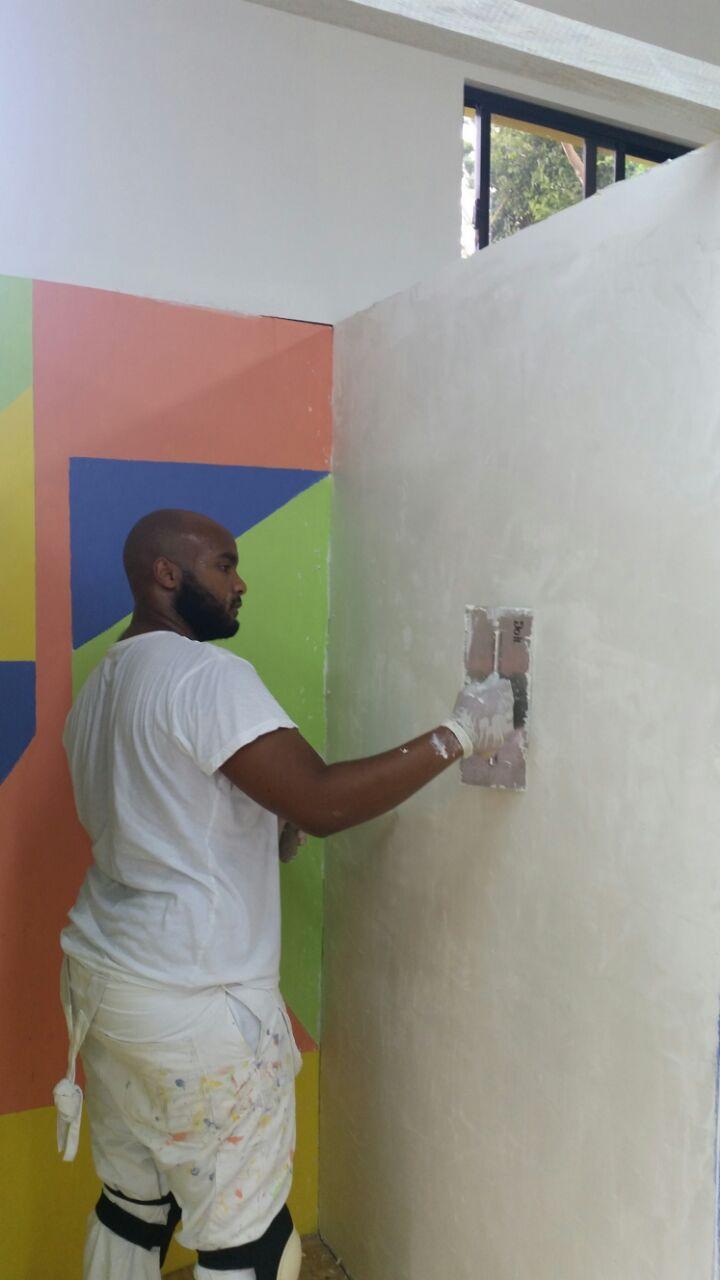 1 male_boy plastering