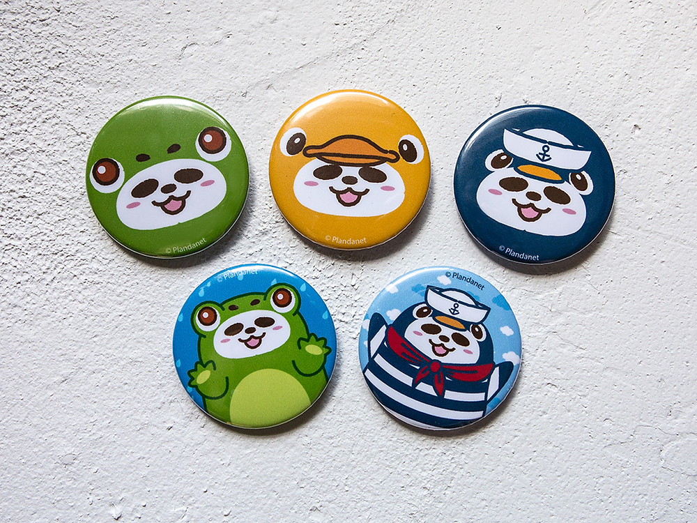 Pandahaluha Button Badges