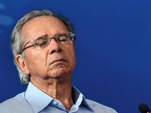 'Sem saúde, não há economia', diz Guedes no dia em que Bolsonaro xinga de 'idiota' quem pede vacina