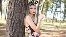 Thátyna Dhanyta ensina como qualquer mulher consegue ter estilo e looks das blogueiras