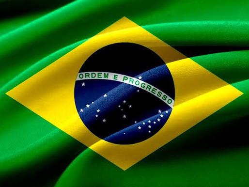 Um dia após recorde diário de mortes por Covid-19, Bolsonaro diz que 'criaram pânico'