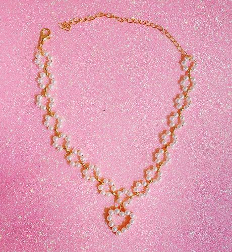 Hearts of Pearls Choker