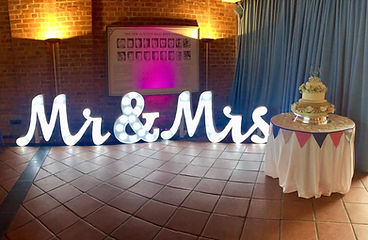 mr-and-mrs-sign-for-hire.jpg