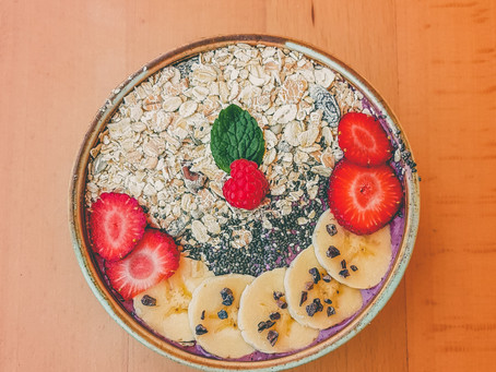 Seeded Overnight Oats with Berries & Yoghurt