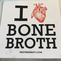 6 reasons why you should have a Bone Broth Habit & 6 hot tips on how to make the best!
