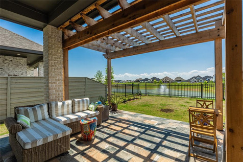 Outdoor Home Staging