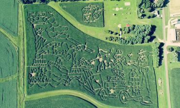 Largest corn maze in Wisconsin