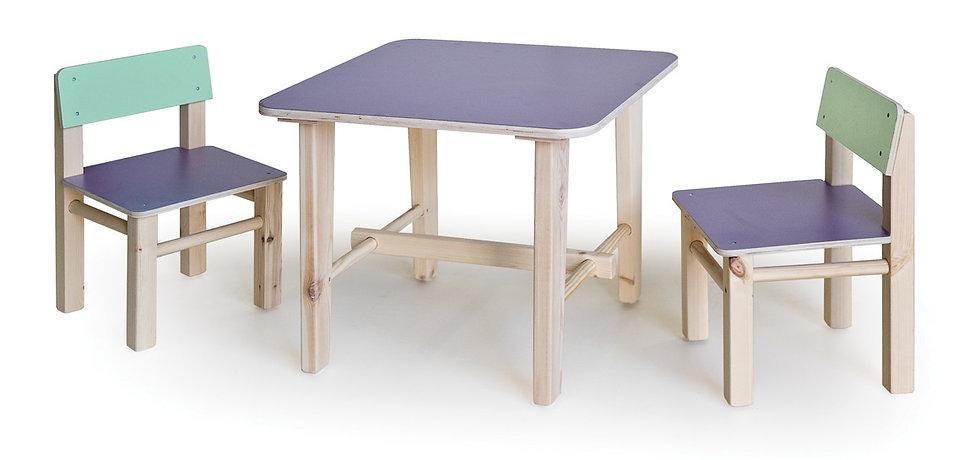 שולחן עץ + 2 כסאות - צבעוני