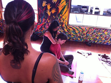 Massage Logic - Carrie Stone teaching .j
