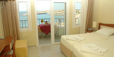 Club Malibu Hotel CYPRUS bedroom.jpg