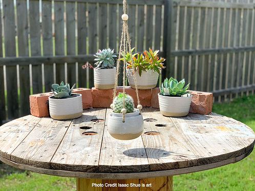 Hanging Planter (Rounded Bottom)