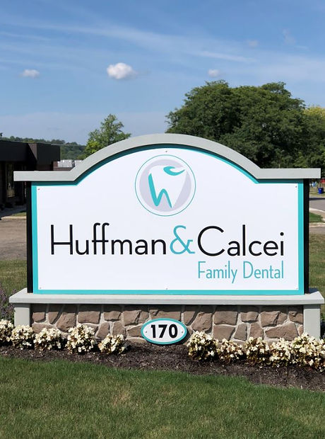 huffman calcei sign pic.JPG