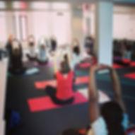 Cours collectifs de yoga en entreprise