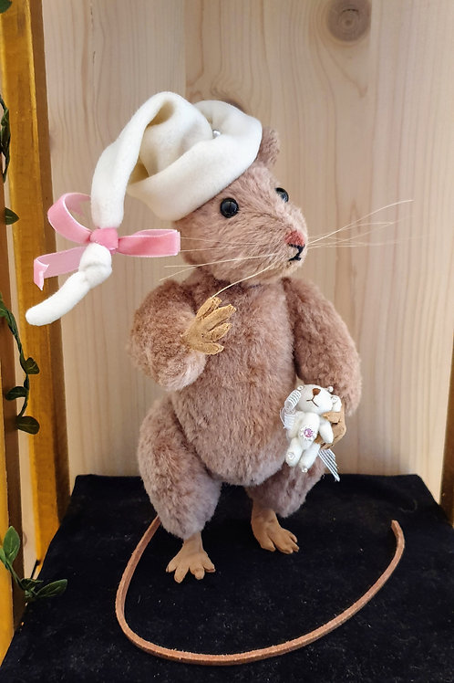 Sandy Mouse with Teddy