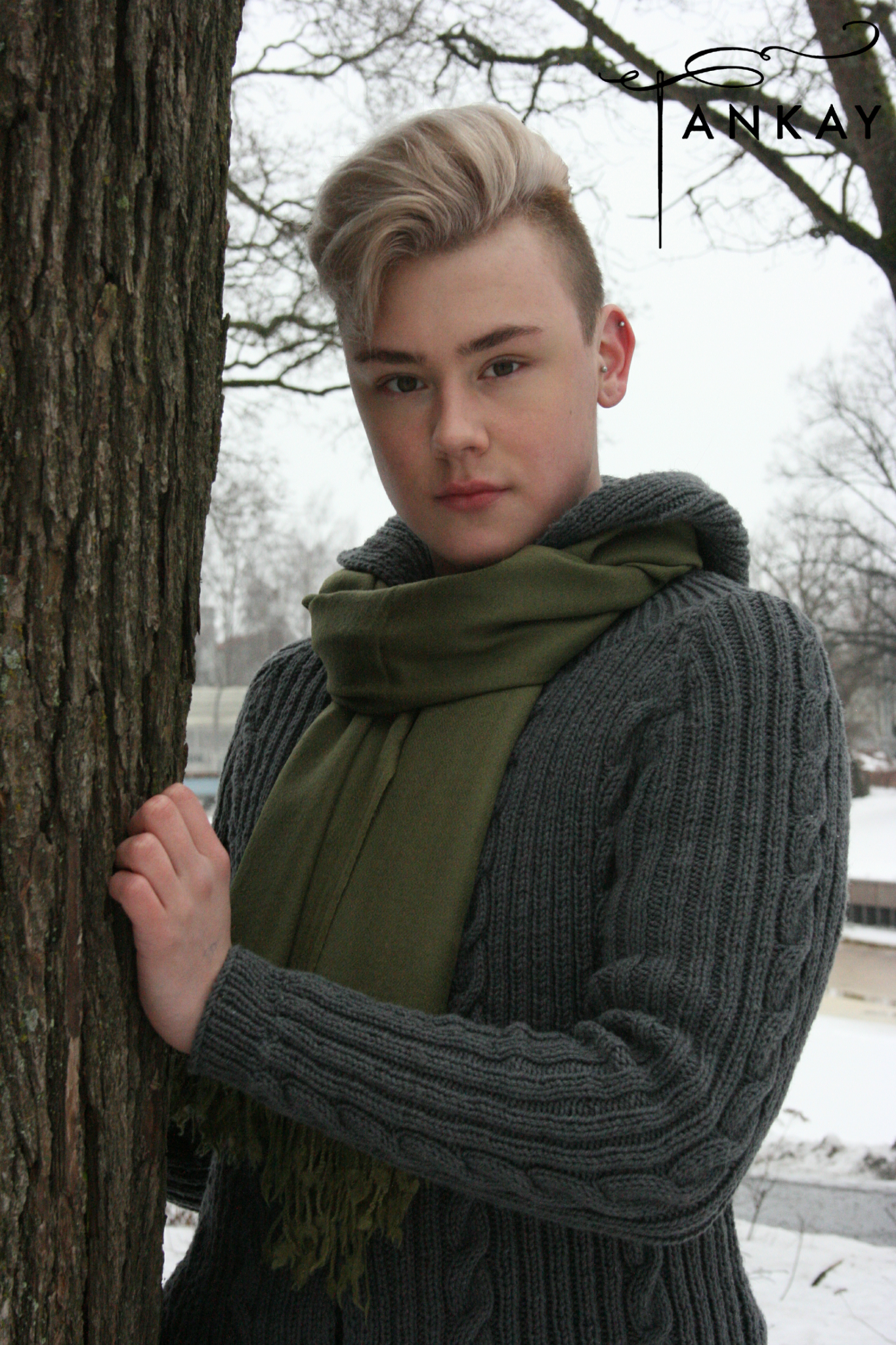 Scarf, olive green