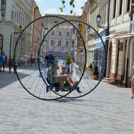 különleges óriás kerékpár bérlése