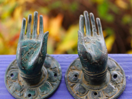 [VIDEO] Sintonizzati con l'Universo grazie alle mudra, lo Yoga delle mani