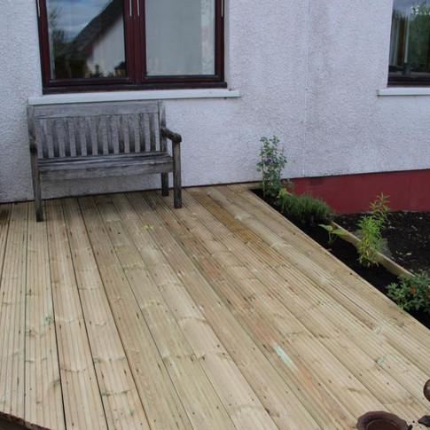 Finished Decking With Planter