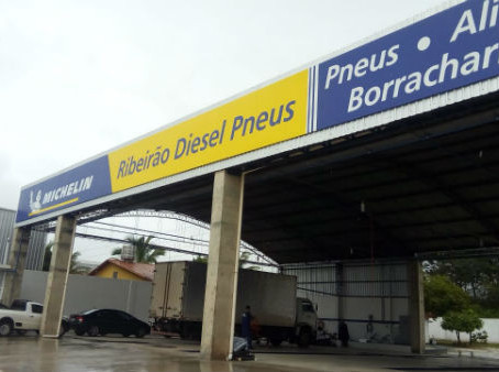Ribeirão Diesel Pneus Michelin chega à Pirassununga