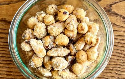 Mandorne e nocciole speziate