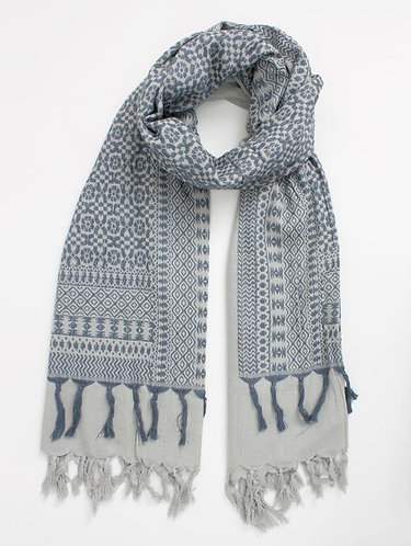 EUGENIE SCARF IN PEARL GREY