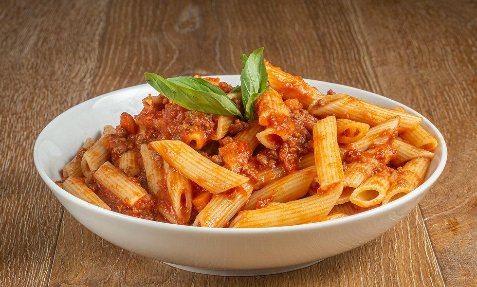 Spaghetti/Penne bolognese