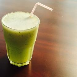 Suco de abacaxi com hortelã para refrescar 🍹