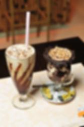 Milkshake e Chocolate quente do Tio Gu Café Creperia
