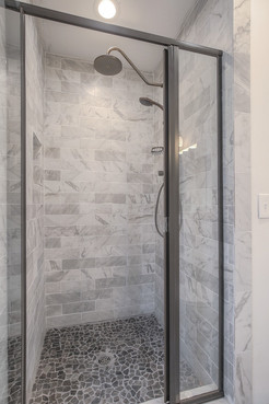 Master shower of 6329 Baltimore Ave in Brookside