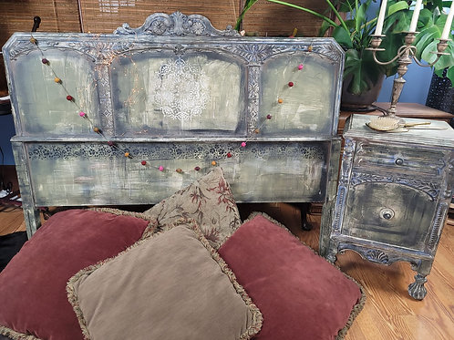 Vintage Rustic Queen Size Headboard and Nightstand Set